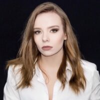 Headshot-Emma Hewitt